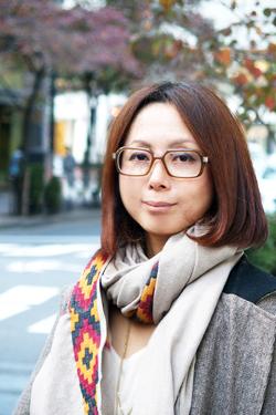 【ノマドワーカーの実像[2]】クラウドとモバイルルーターがあれば新幹線の中でも完璧「デスクワーク」――デザインディレクター・田中恵子さん