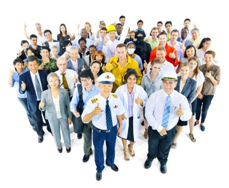 4割近くが正社員不足、情報サービス業界や建設業界では深刻、景気回復の足かせにも