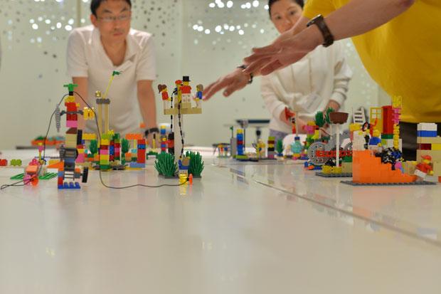 NASAも採用「レゴ」を使った研修 自分の本質みえる?