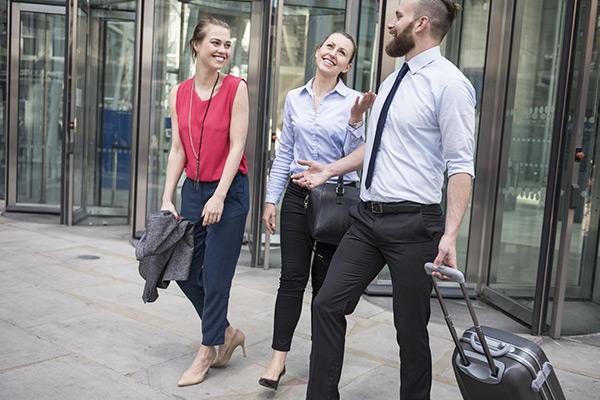 【イギリス】LinkedIn 人々の転職理由 & 人材を引き寄せる方法を公開