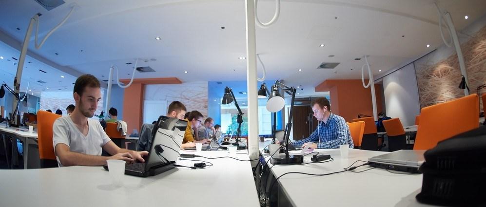 【イギリス】ITベンチャー企業が人材獲得競争でGoogleと張り合う為の採用戦略とは?
