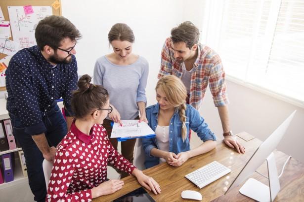 グーグルとフェイスブックの例に見る働きがいのある企業文化の築き方