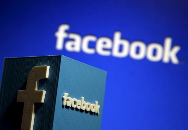 フェイスブック、求人情報の機能を試験