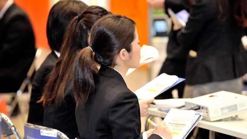 売り手就活でも「不遇」の中小企業と女子学生