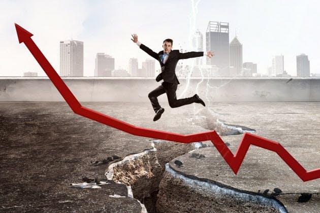 「転職で年収増、4年連続」 朗報の裏で広がる格差