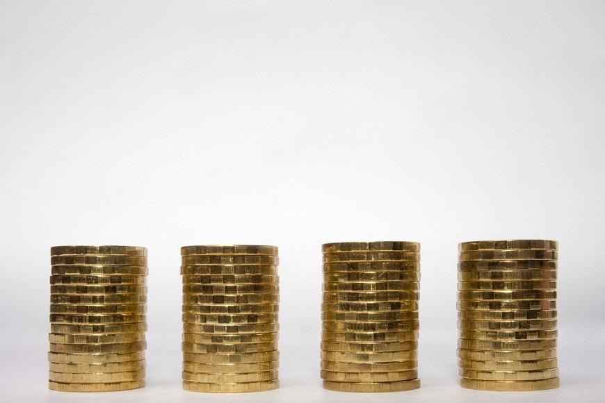 労働力不足なのに、サラリーマンの給料は上がらないのか 同一労働同一賃金に近づいている?