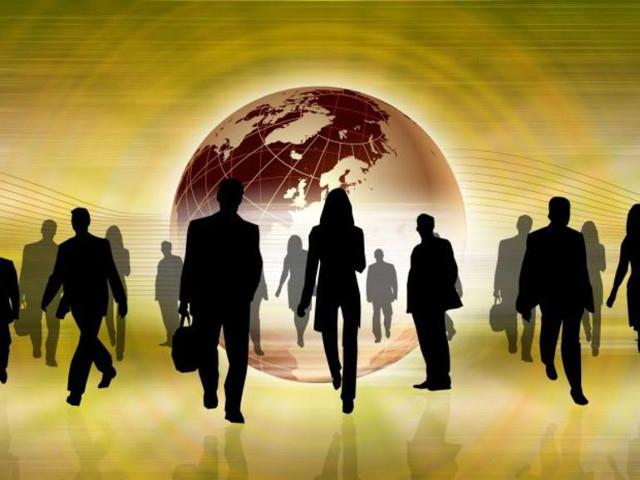 情報を自動で収集する人材管理システム--過去の組織人事も活用