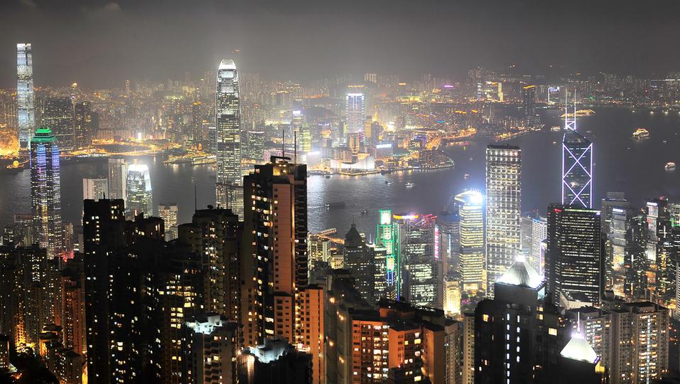 「私はビジネス難民」女性たちはMBA目指し香港へ——日本のおじさん社会に失望の末に