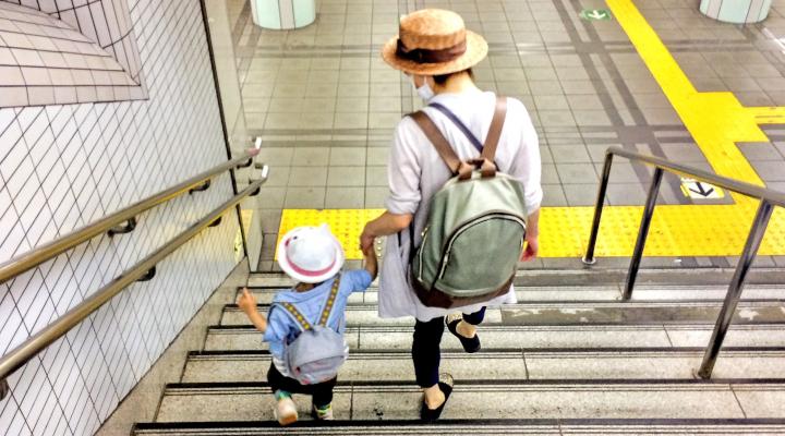 企業が育児をサポートするために。3つの子育て支援制度と事例を紹介