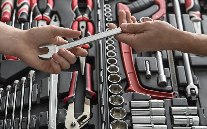 リファラル採用に協力してくれる社員へ人事が授けるべき武器
