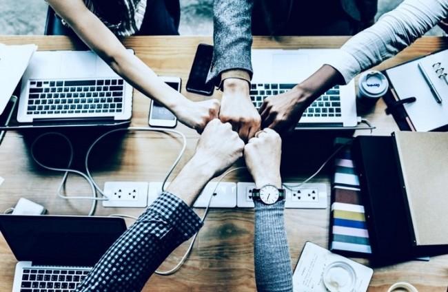 """ハイスキルを持つ外国人エンジニアの日本国内企業への採用を応援する人事系メディア """"TalentHub(タレントハブ)ジャーナル"""" 2018年12月18日より運営をスタート"""