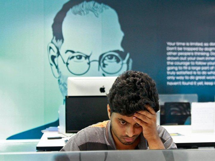 すぐに業界標準に?アップル、グーグル、ネットフリックスは入社に大卒資格を求めていない